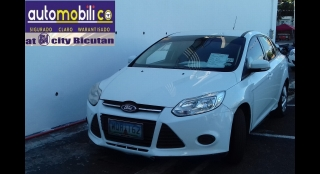 2013 Ford Focus Sedan 1.6 Ambiente AT