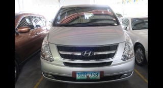 2010 Hyundai Grand Starex 2.5L AT Diesel