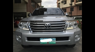 2012 Toyota Land Cruiser 200 3.0L AT Diesel