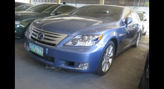 2011 Lexus LS600hL 4-Seater Hybrid 6.0L AT Hybrid