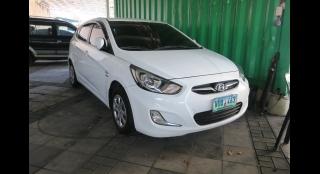 2013 Hyundai Accent Hatchback 1.6 E Diesel MT